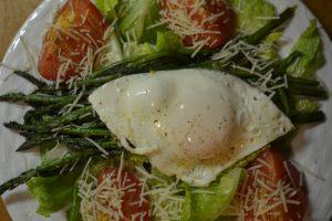 warm tomato asparagus salad